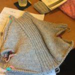 初めてセーター編む時におすすめの本は?